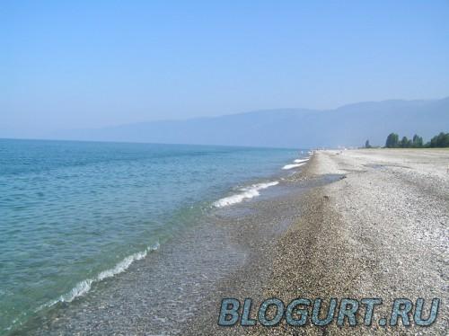 Пляж в с. алахадзы, Абхазия. 2007 год.
